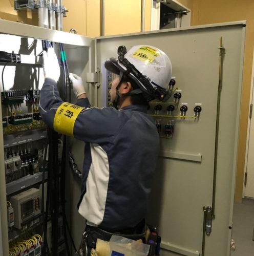 大阪府咲洲庁舎電気設備改修1